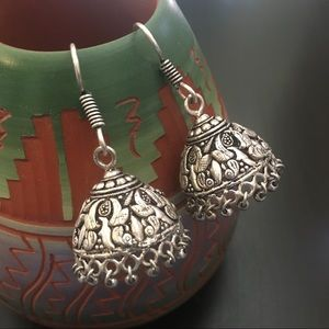 Jewelry - Bollywood Style Silver Drops